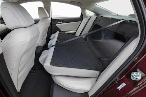 2019 Honda Insight Folding Rear Seat