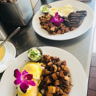 Have you ate at the Best Breakfast Place in the Valley Were open  days a week  were ready to serve you brunch breakfast yum forkyeah getitatgalpin hungry foodie lafoodie
