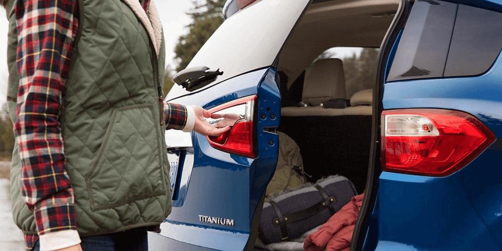 2018 Ford EcoSport unique rear swing gate