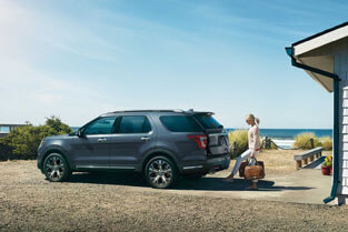 2018 Ford Explorer HANDS-FREE, FOOT-ACTIVATED LIFTGATE