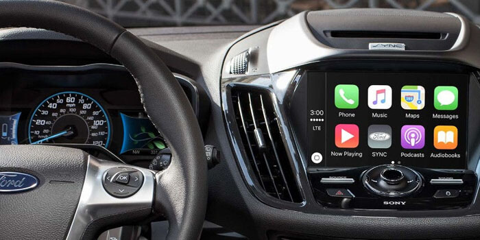 New 2018 Ford C-MAX AVAILABLE APPLE CARPLAY™ COMPATIBILITY