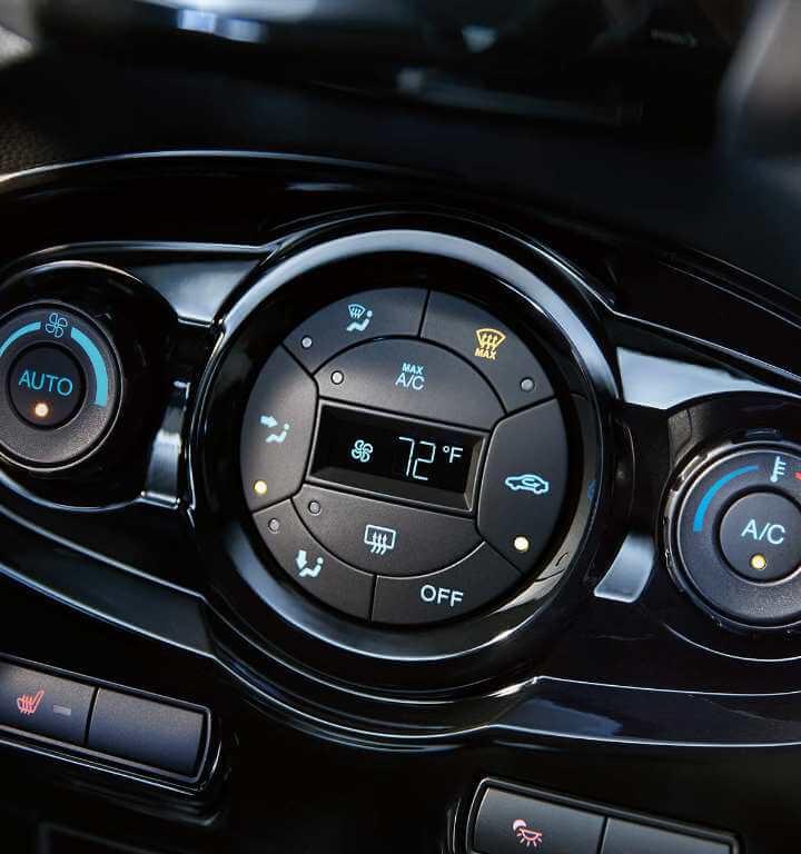 2018 Ford Fiesta Interior Gallery Image