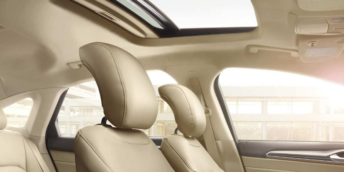 New 2018 Ford Fusion POWER MOONROOF