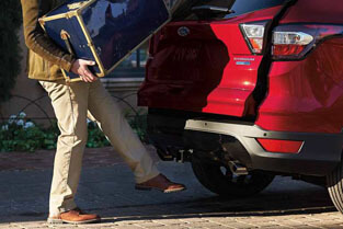 2018 Ford Escape HANDS-FREE, FOOT-ACTIVATED LIFTGATE