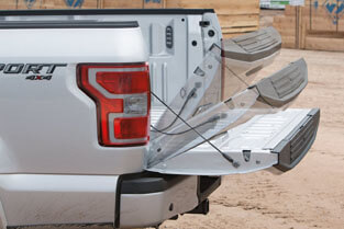 2018 Ford F-150 CLASS-EXCLUSIVE REMOTE TAILGATE RELEASE