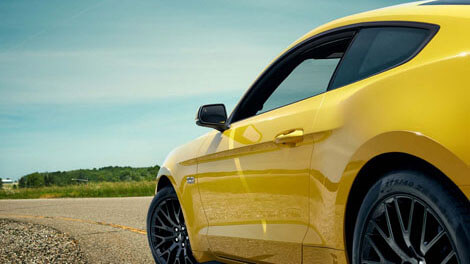 2018 Ford Mustang BLIND SPOT INFORMATION SYSTEM (BLIS®) WITH CROSS-TRAFFIC ALERT